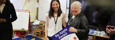 Chancellor Fariña presents a Big Apple Award to Keira Dillon, 5th grade teacher from P.S. 163 Alfred E. Smith in Manhattan on May 8, 2017.