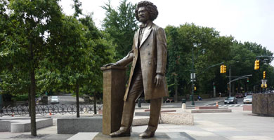 black-history-sculptures-frederick-douglass__589339b2bb979
