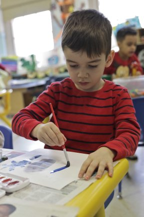 X-(Elementary Art) Boy Paint 1